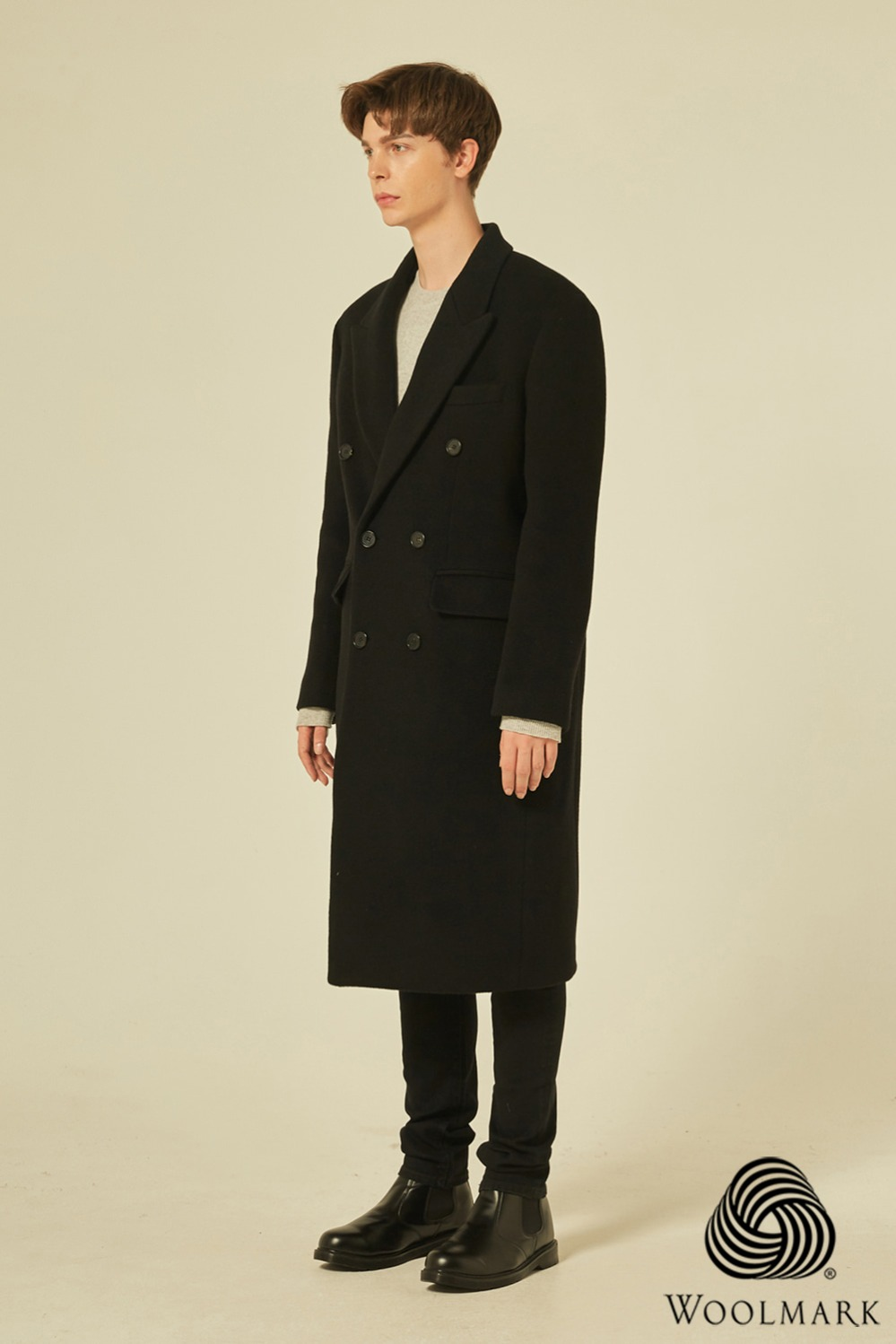 Wool 100% Peaked Double Coat (Black)